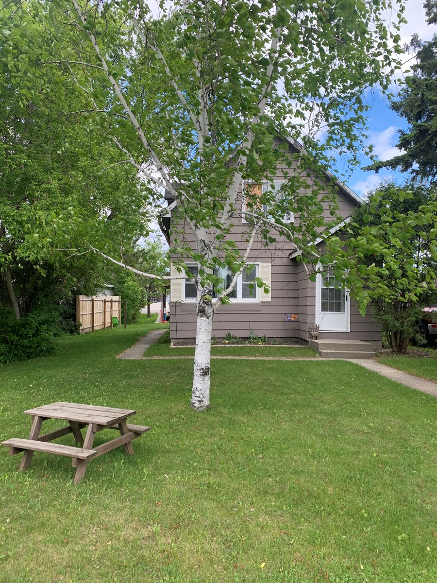 Home in town for sale in Int'l Falls, MN