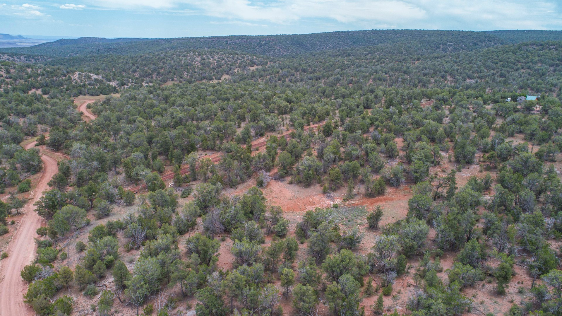 Large Northern AZ Acreage with Well, Septic, Roads and Power