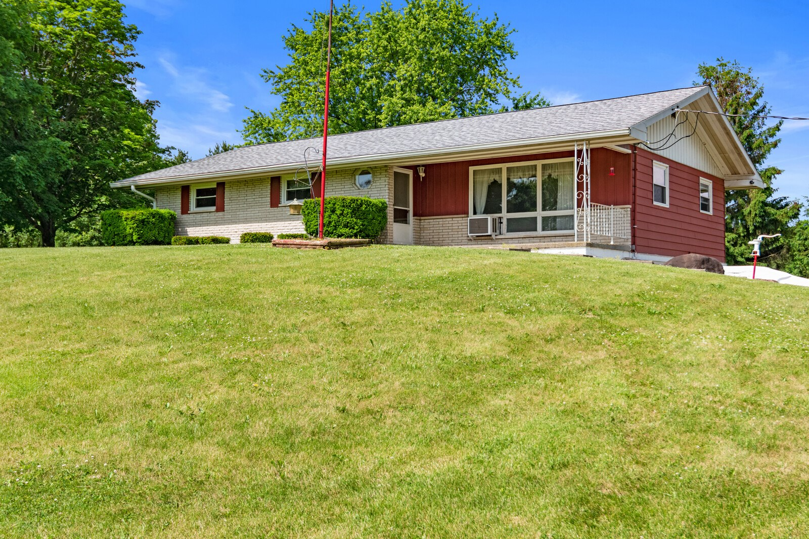 Country Home for Sale Springport, Indiana