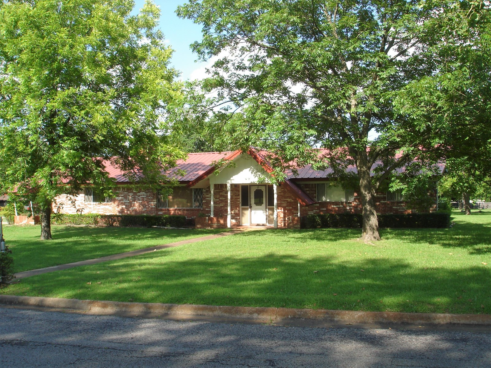 Country Home In Town Property For Sale Reno Texas