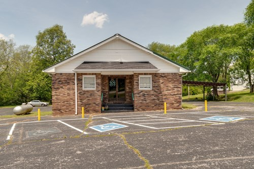 Residential or Warehouse for Sale, Mount Pleasant, Tennessee
