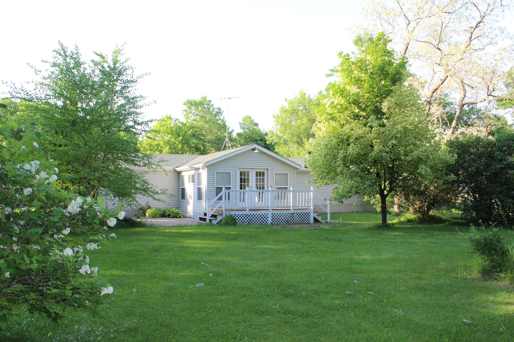 3BR/2BA Country Home on 2.32 acres in Mille Lacs Co