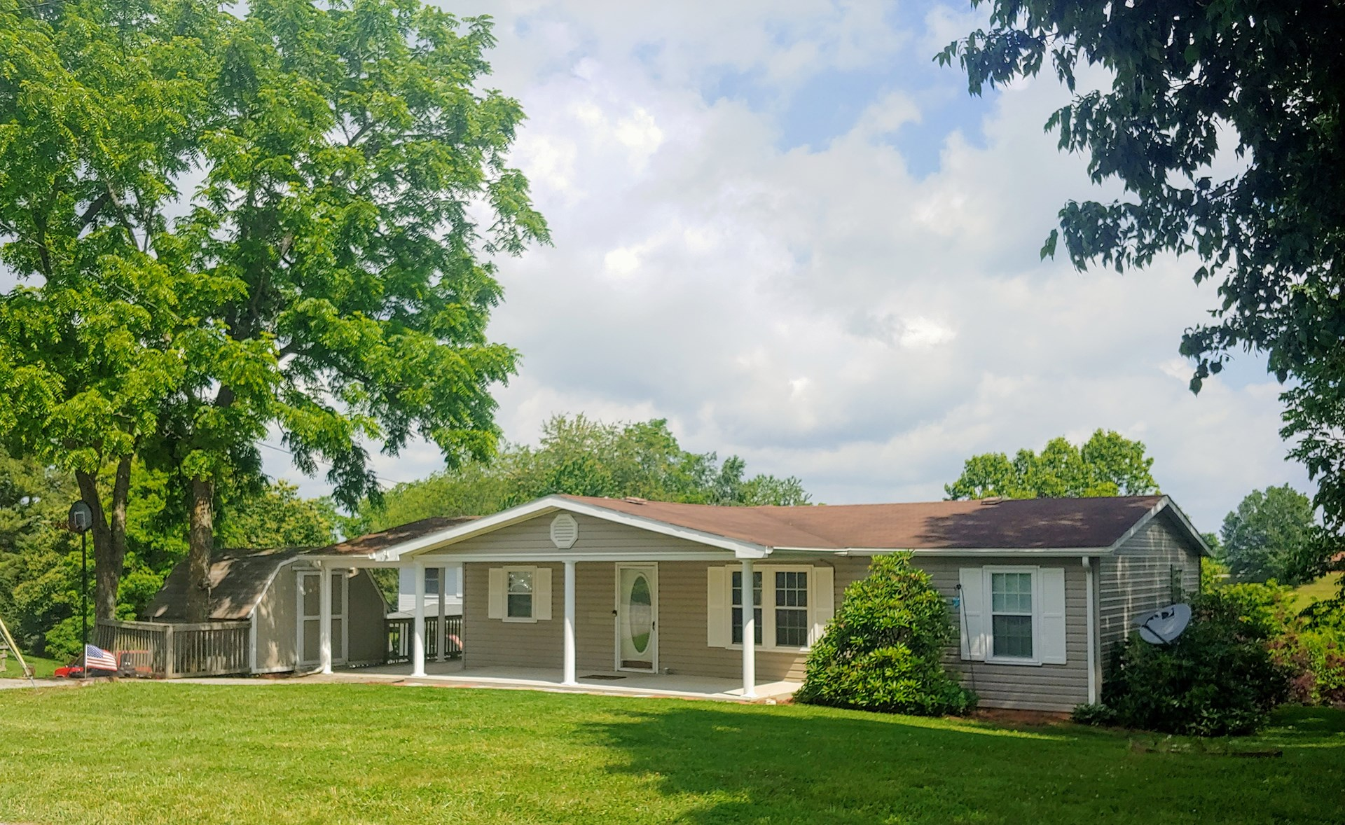 One Level Home for Sale in Christiansburg VA!