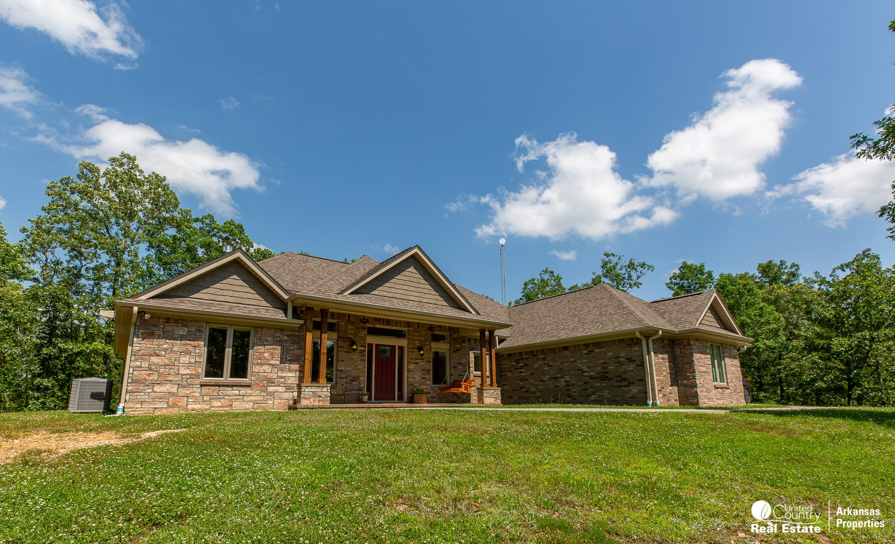 Like New Home w/ Acreage for Sale in Arkansas