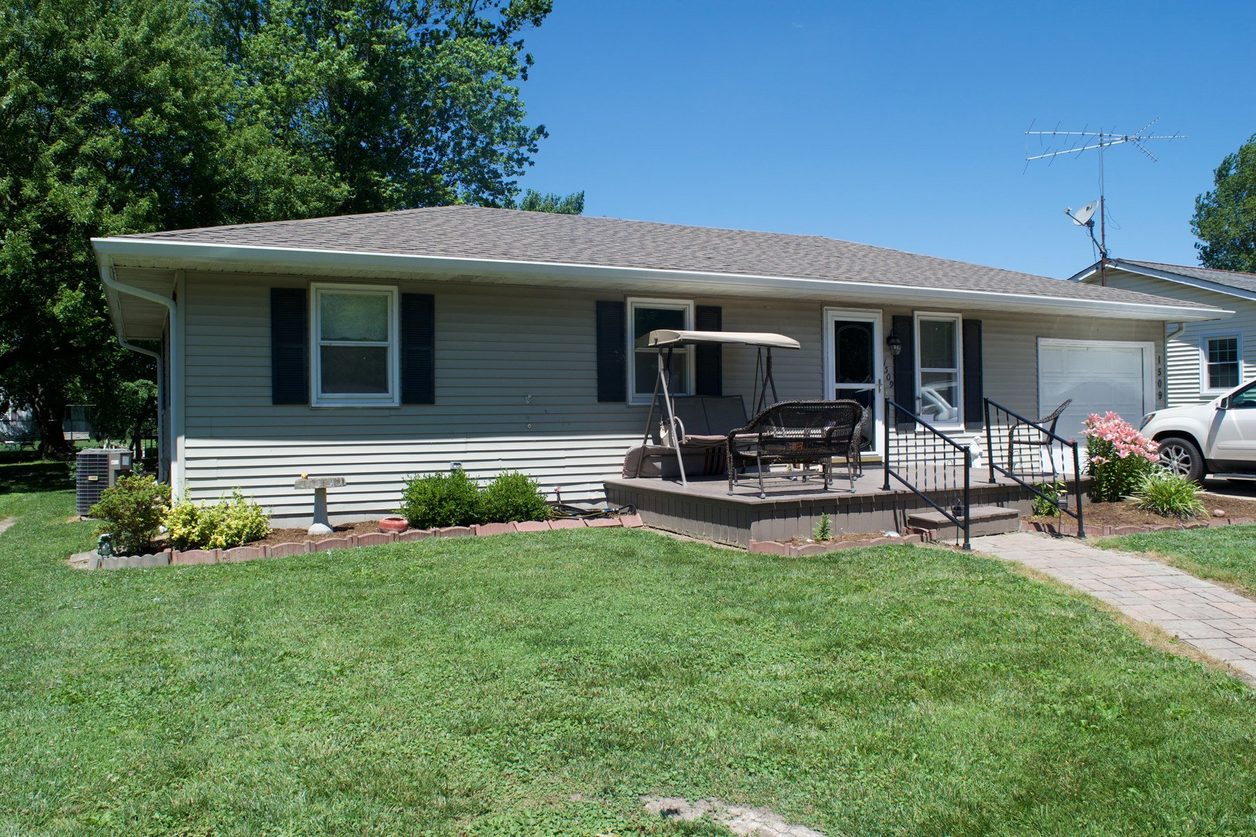 3 Bedroom, 2 Bath Home, Robinson, IL