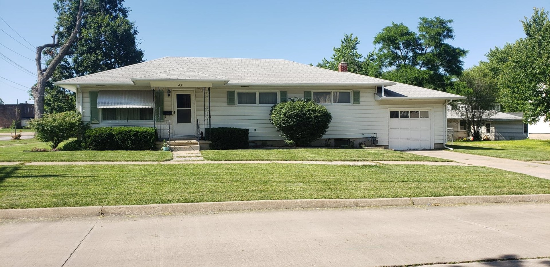 Ranch Home On A Corner Lot, Quarter Of An Acre