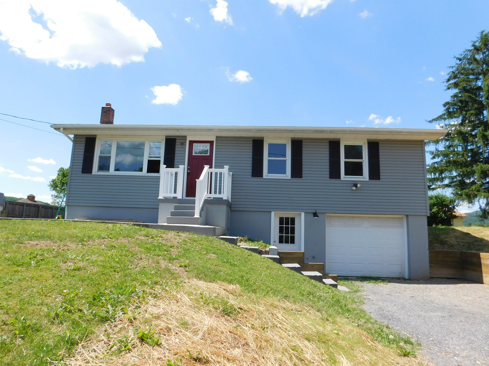 Must see remodeled 3 bedroom 1.5 bath house.