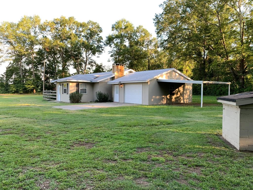 Country Home with Land For Sale in Houston Co. Al