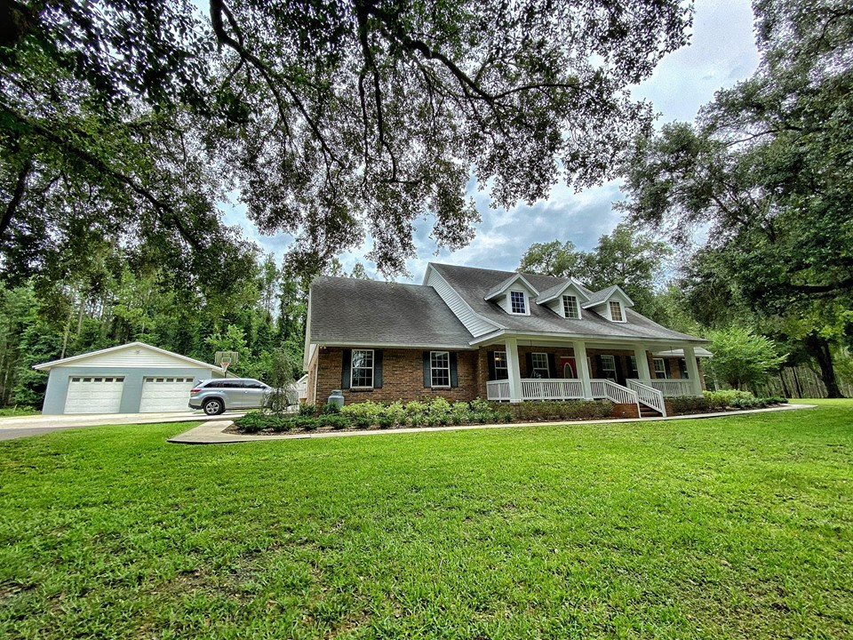 COUNTRY HOME FOR SALE - TRENTON, GILCHRIST COUNTY, FLORIDA