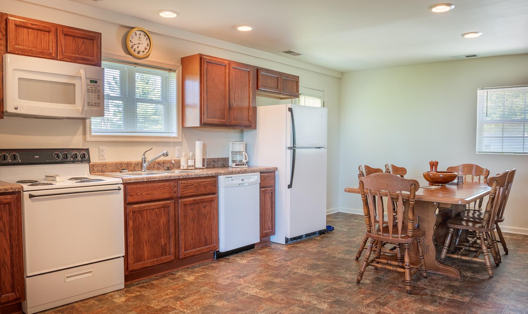 Full Kitchen in Garage Apartment