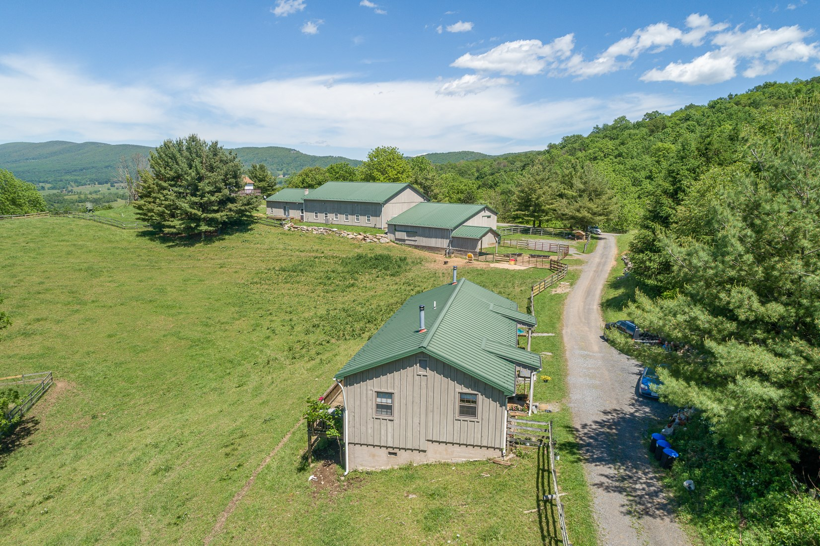 Guest Cottage & Buildings