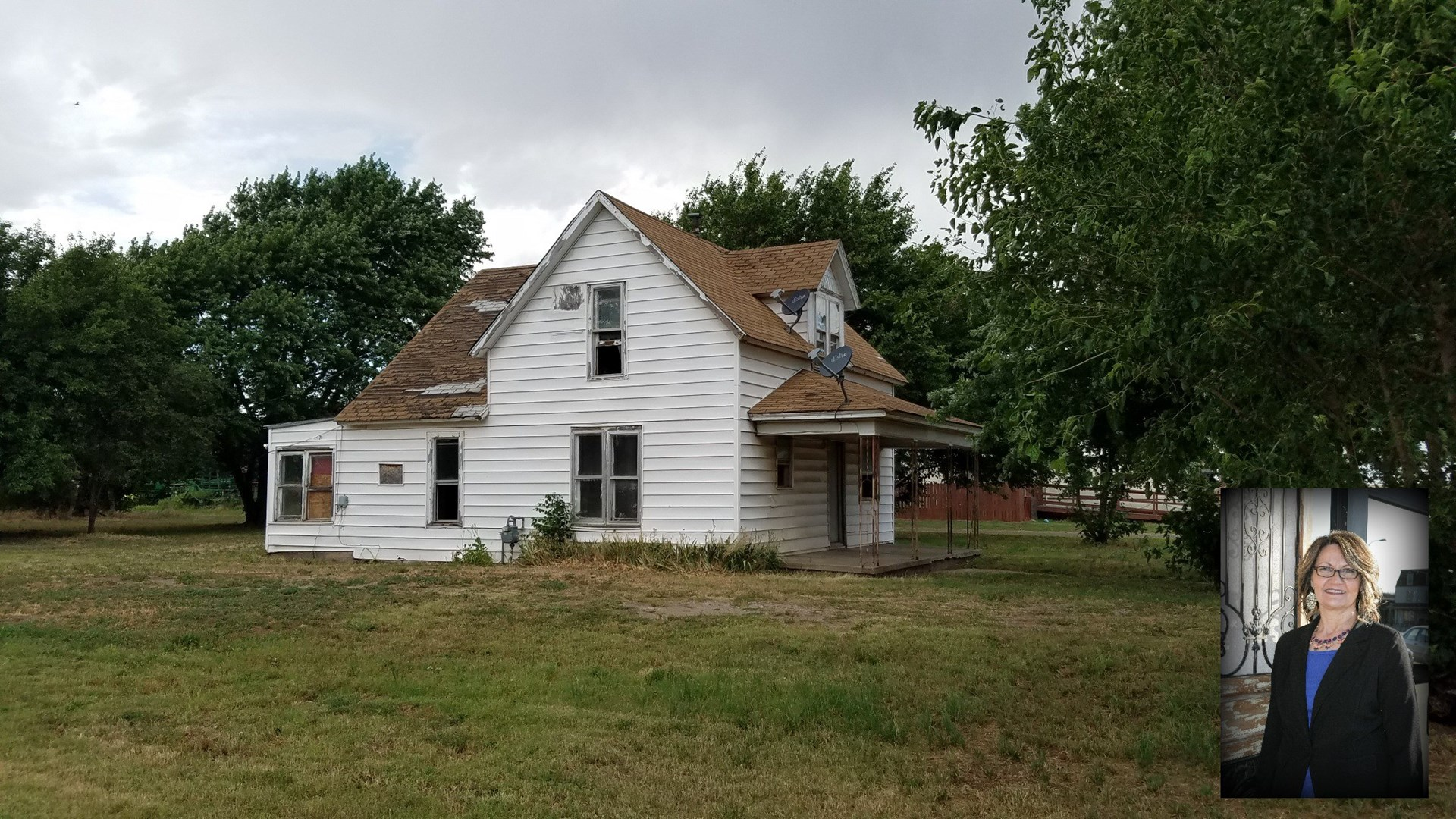 4 Bedroom Fixer Upper In Carmen, OK - Open School District