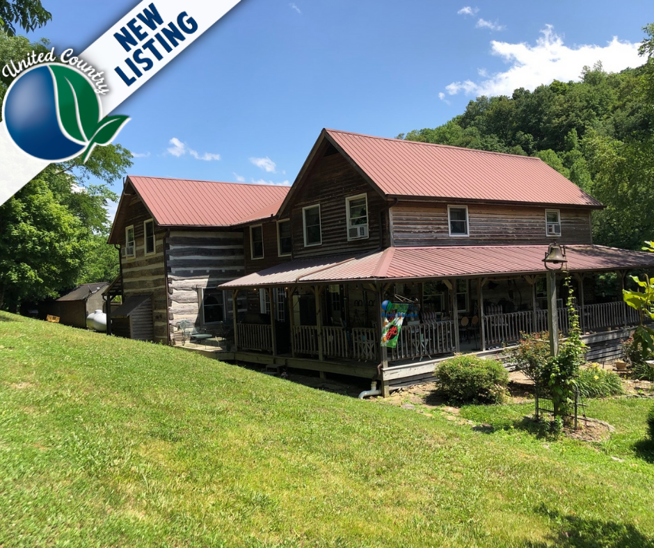 Log Home for Sale close to Cumberland  River, in Albany, KY