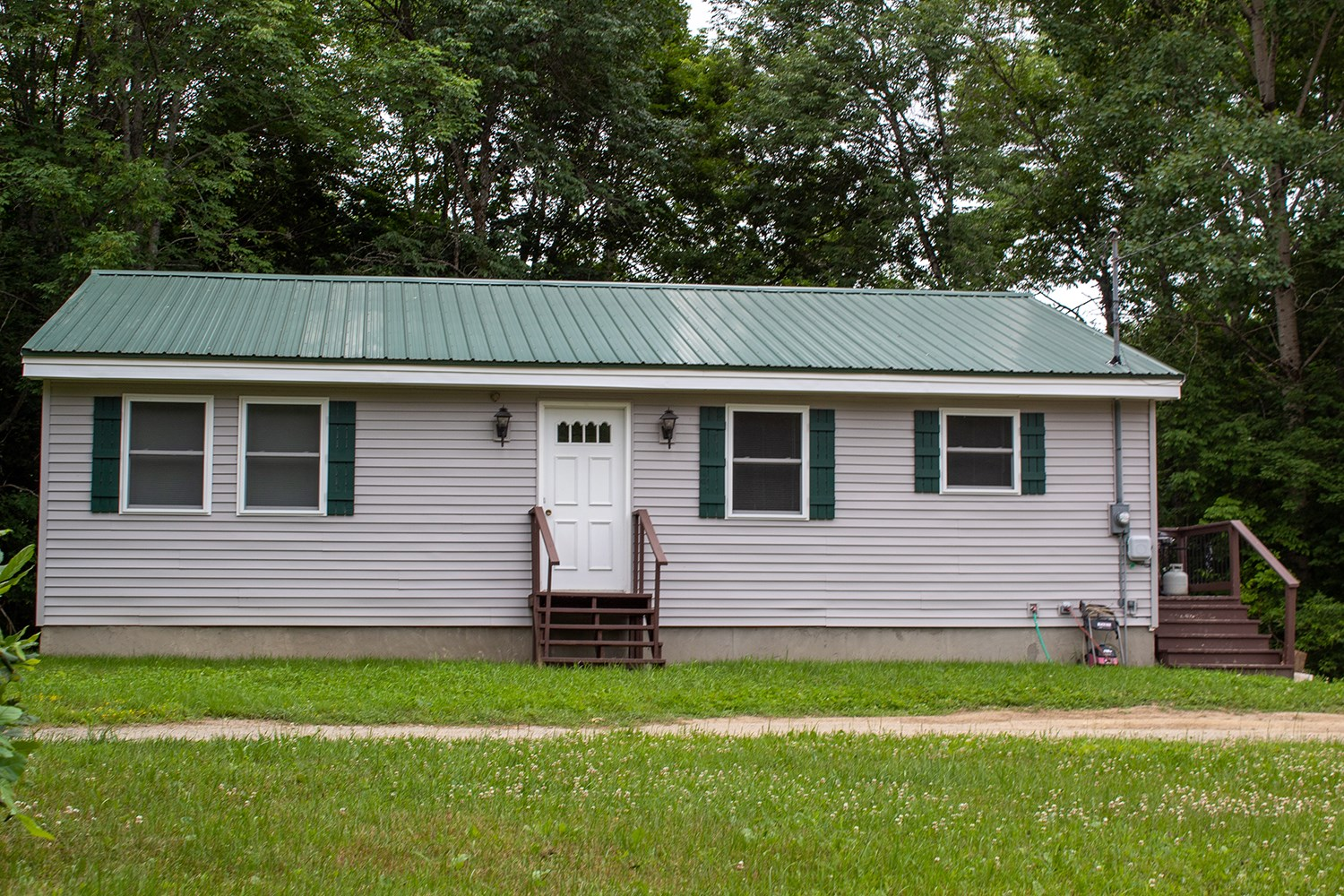 3 Bedroom Home For Sale in Lincoln, ME