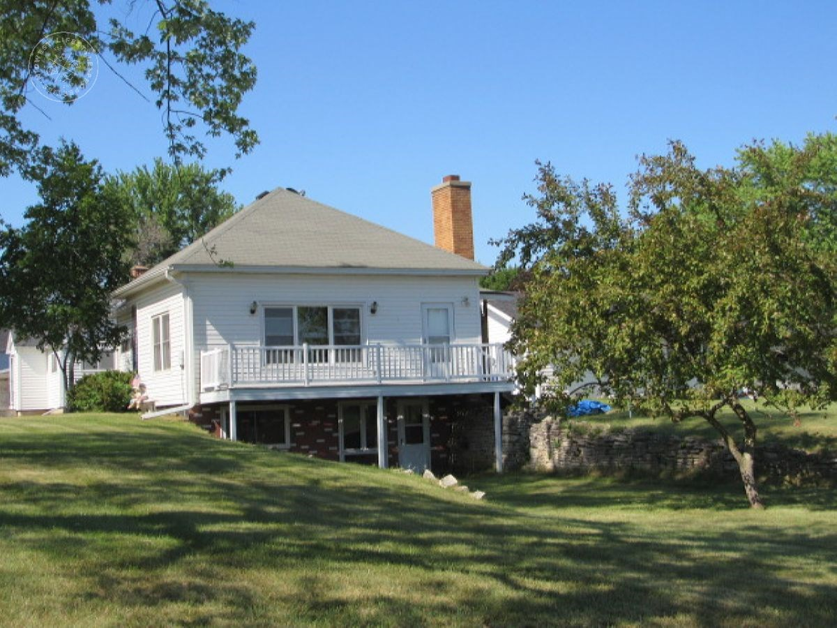 Ranch Home on Double Lot in Pardeeville WI