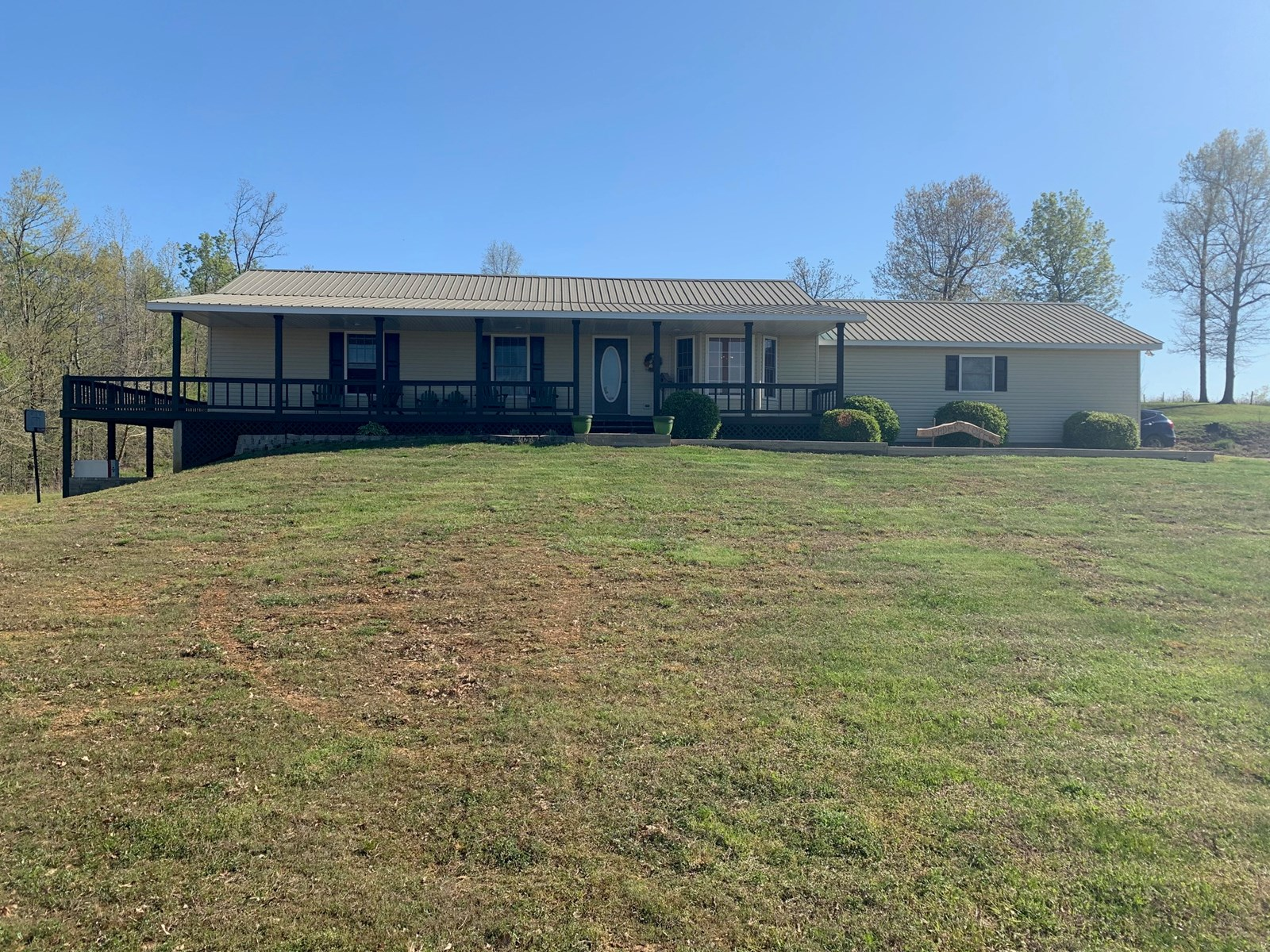 5 bedroom 3 bath home on 3 acres