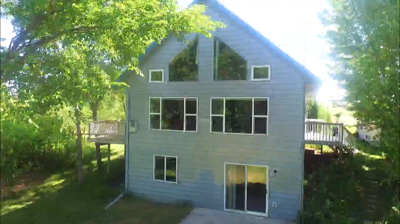 REAL ESTATE LAKE HOME w/ FRONTAGE AUCTION - BATTLE LAKE AREA