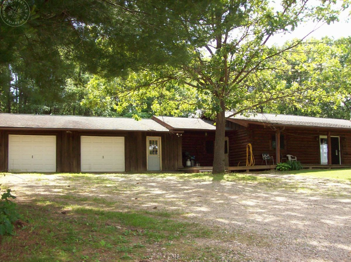 Country Home for Sale in Marquette County WI