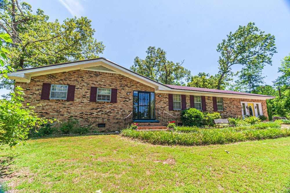Country Home on 10 Acres; McNairy County in West Tennessee