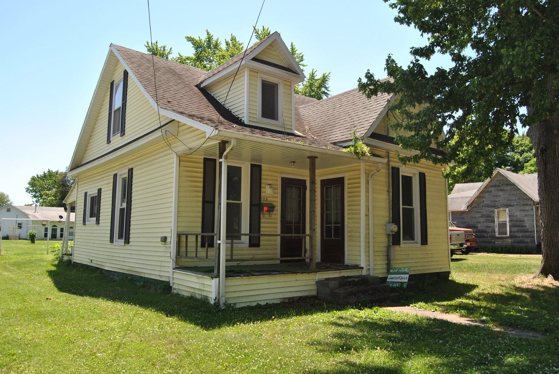 3 Bedroom, 1 Bath Fixer Upper, Robinson, IL