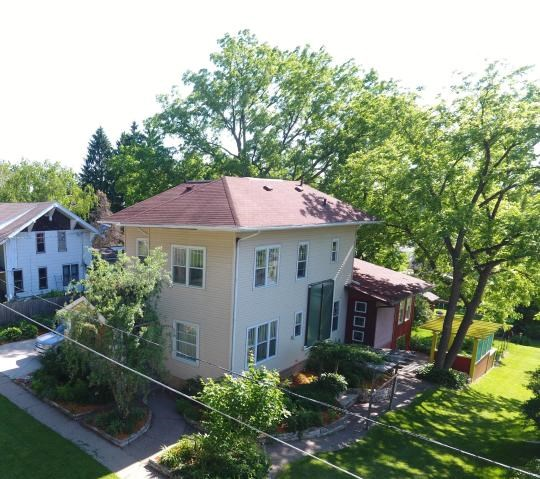 3 Bedrooms 2.5 Baths Home for Sale  in WI with 3600 sq ft