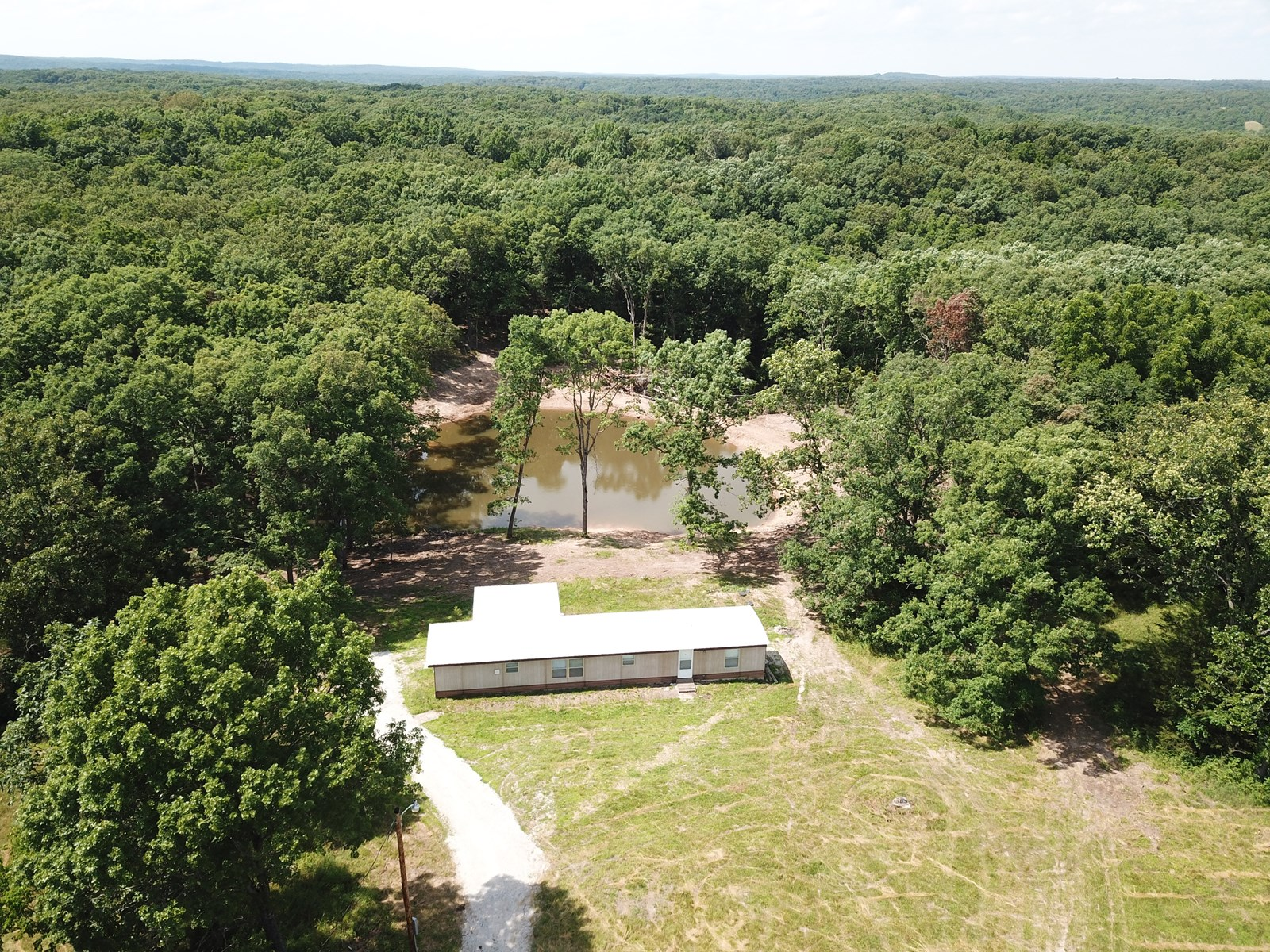 Home for sale Hermitage Mo Hickory County Mo 7+/-ac