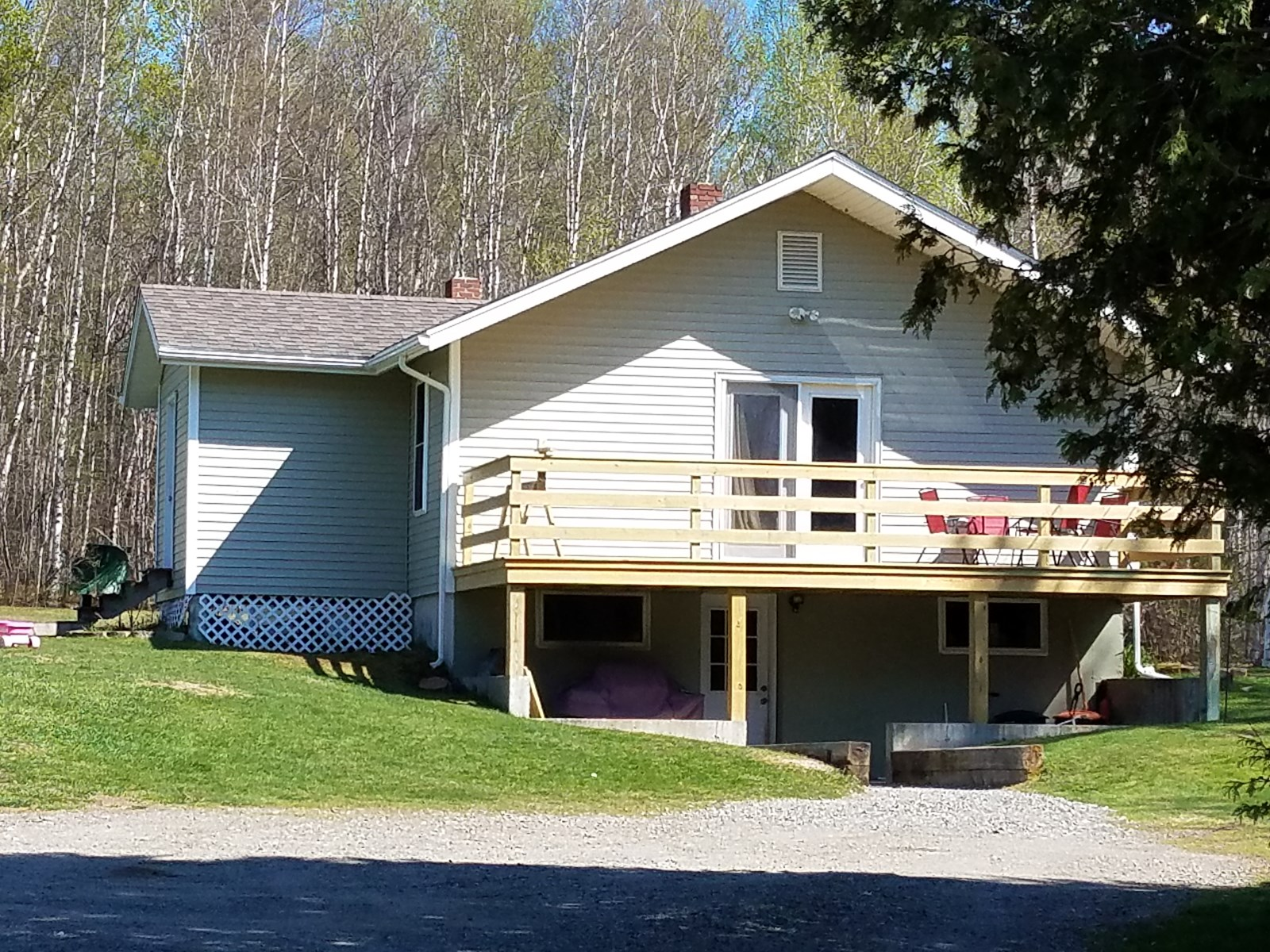 Country Home for Sale in Lincoln, Maine