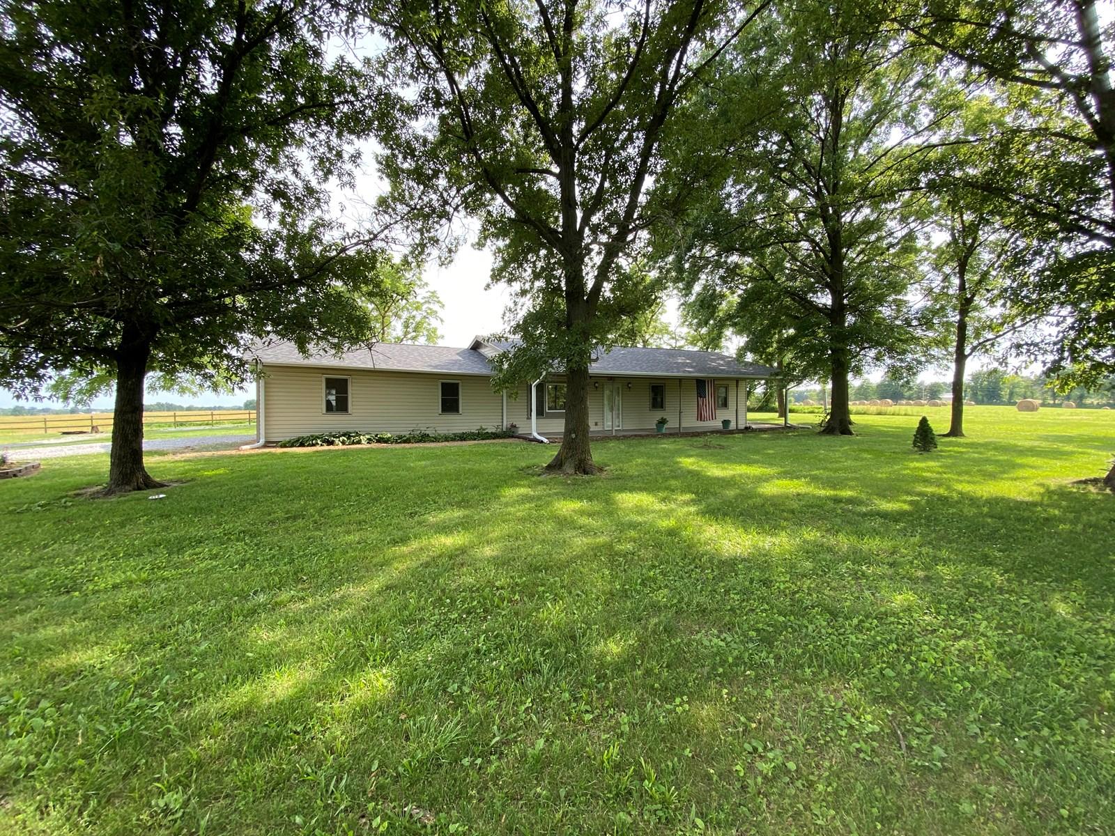3BR, 1.5BA Country Home, Centralia, MO