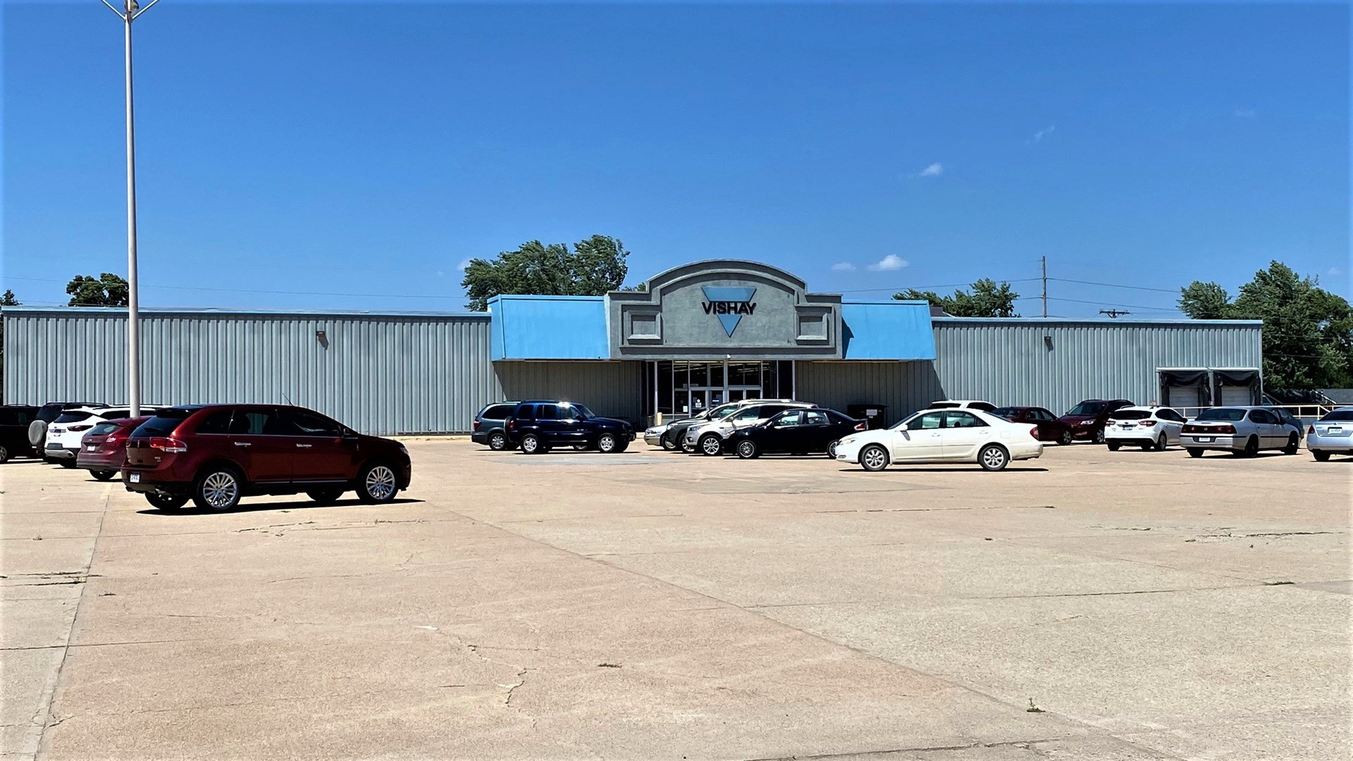 COMMERCIAL INVESTMENT BUILDING IN COLUMBUS NEBRASKA