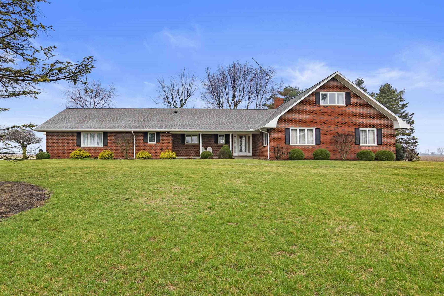 Country Home for Sale Union City, Indiana