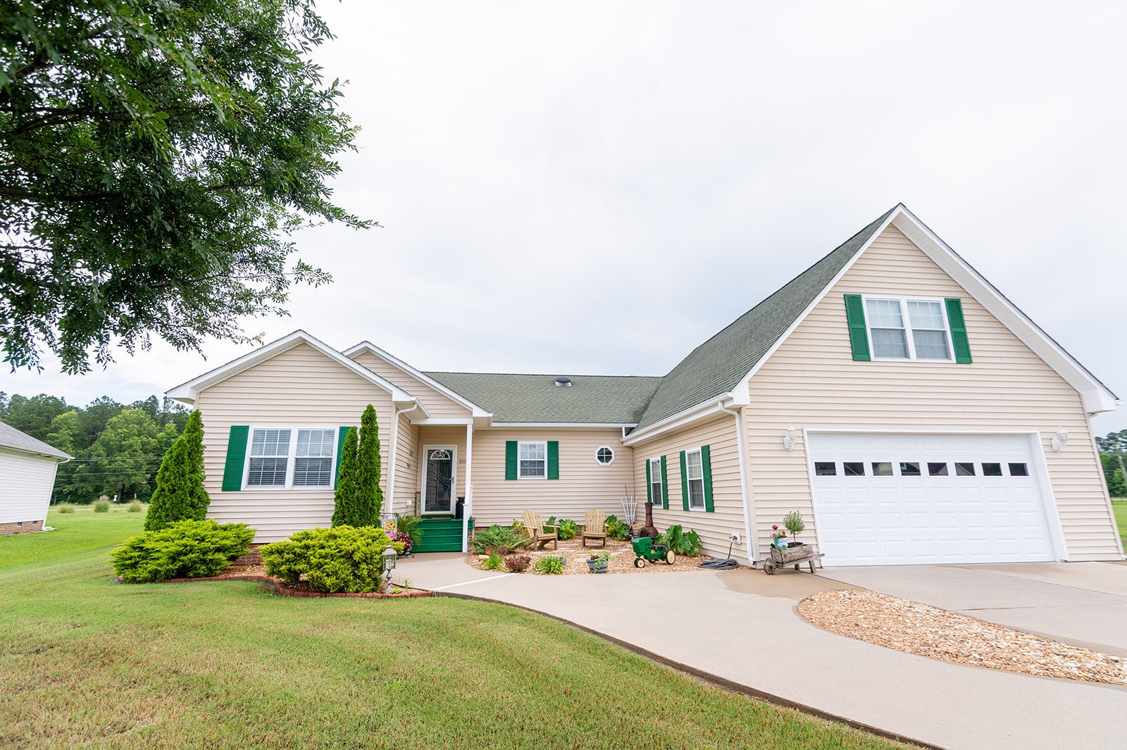 Northern Pasquotank County Home For Sale