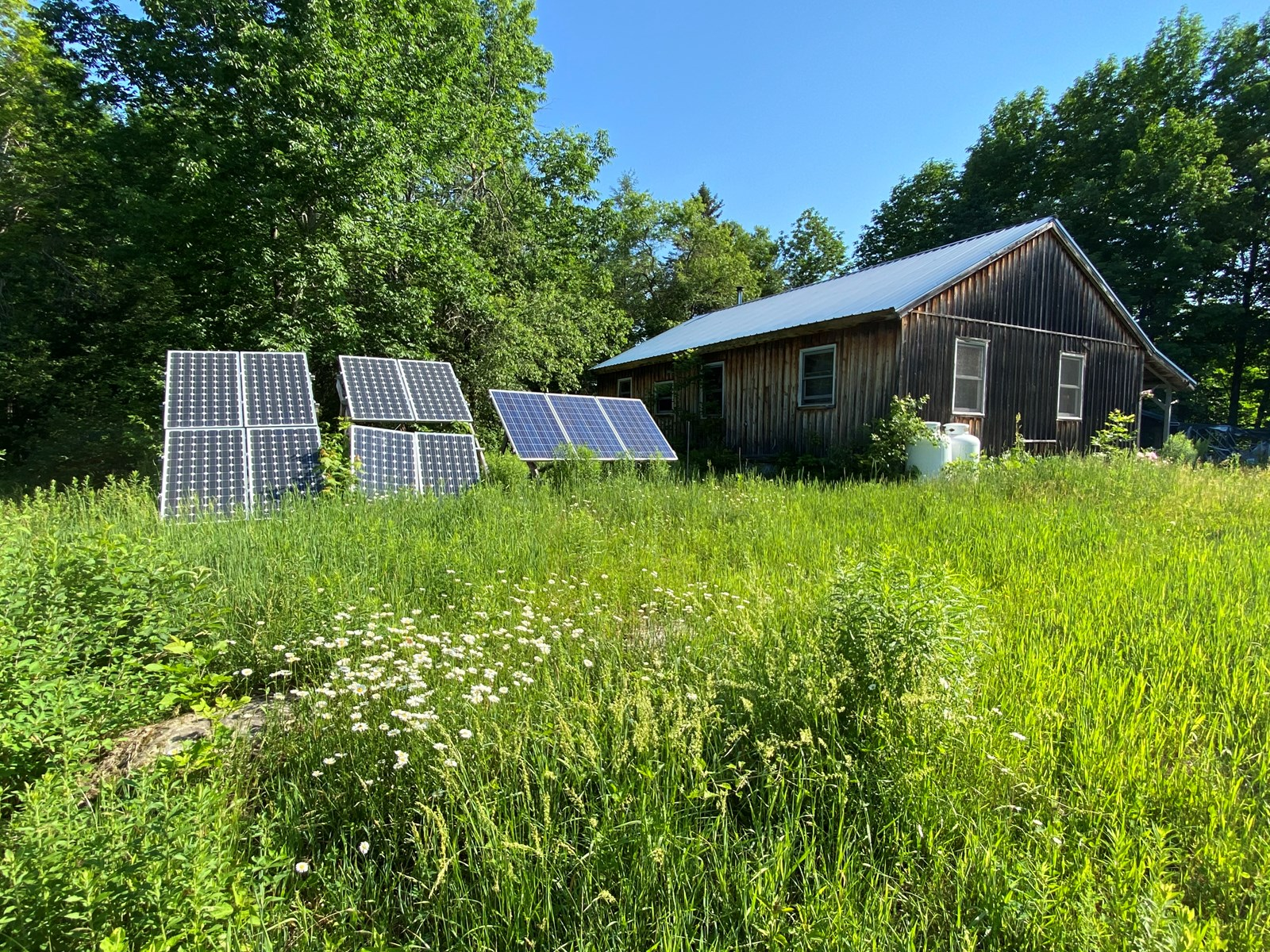 Off-Grid Home For Sale in Maine