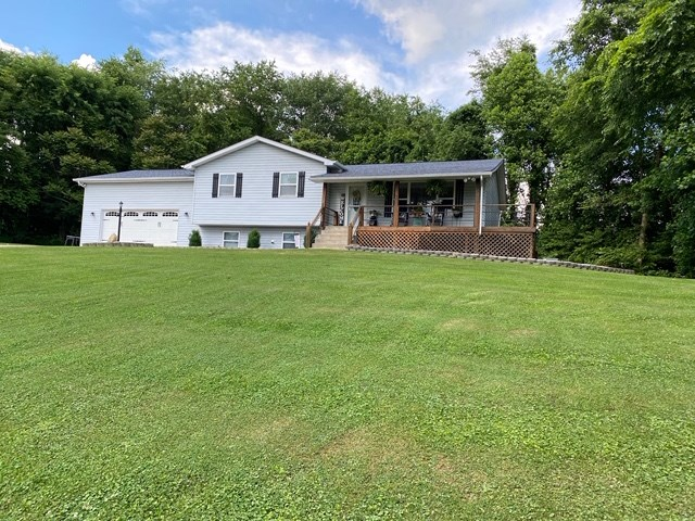 New Listing! Shadyside, Ohio Split Level home on 1.76 Acres