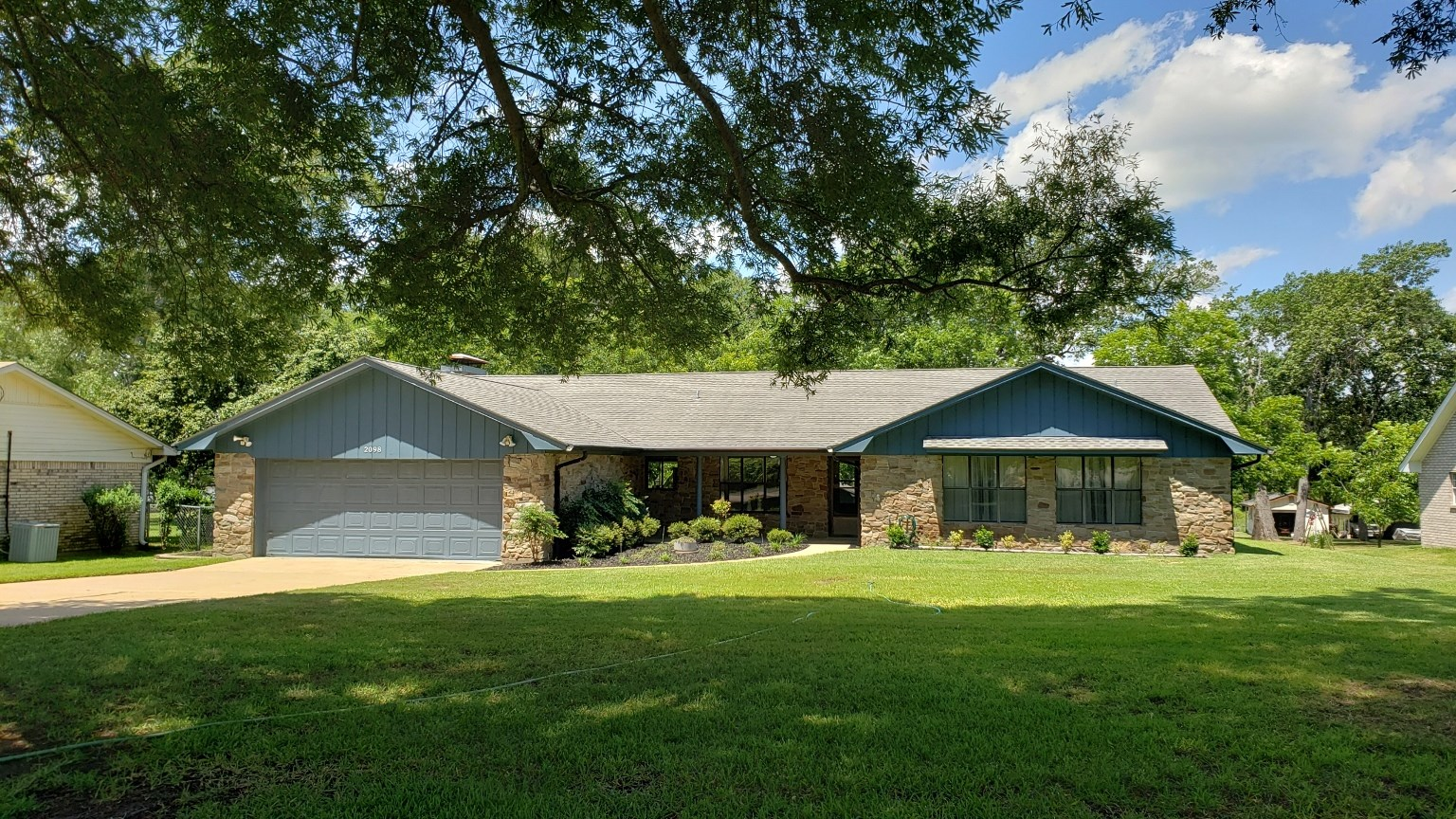 WATERFRONT HOME FOR SALE LAKE PALESTINE | CHANDLER TX
