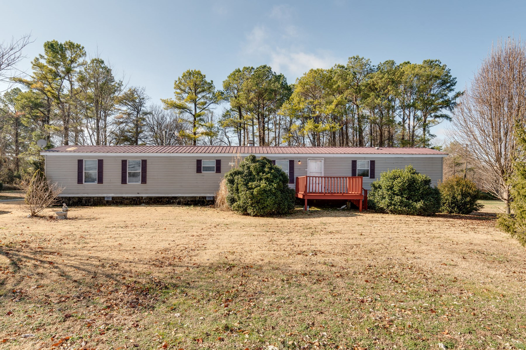 Single Wide Home, in the Country for Sale in Columbia, TN