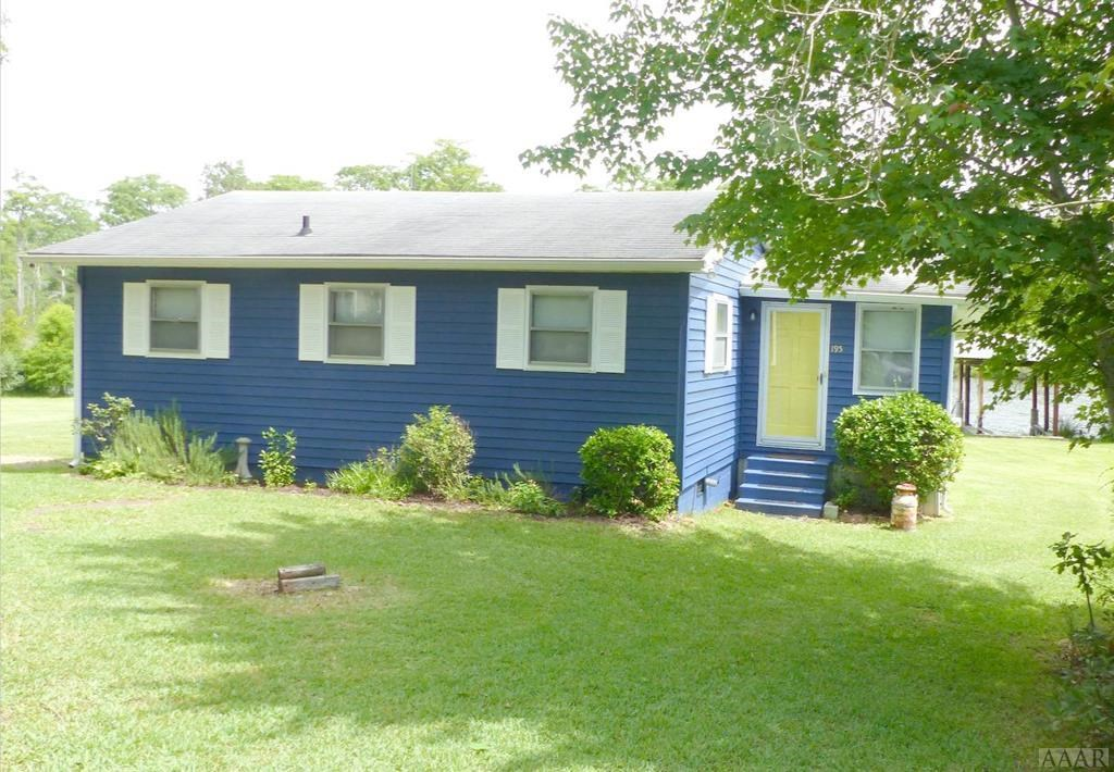 PERQUIMANS COUNTY CANAL FRONT FISHING RETREAT