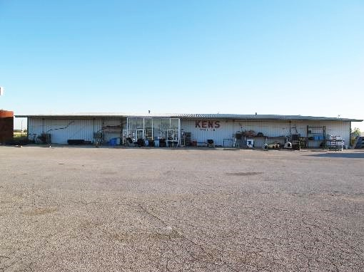 Commercial/Retail Building on 6.41 +/- acres