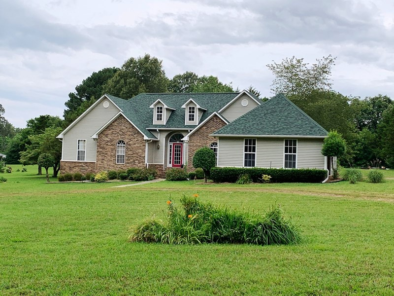 CountryHomeWithAcreageForSaleInPocahontasAR