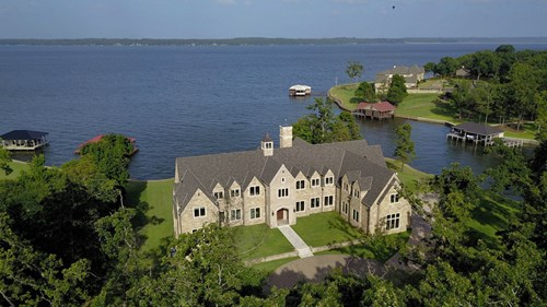WATERFRONT MASTERPIECE ON  LAKE PALESTINE FOR SALE | EAST TX