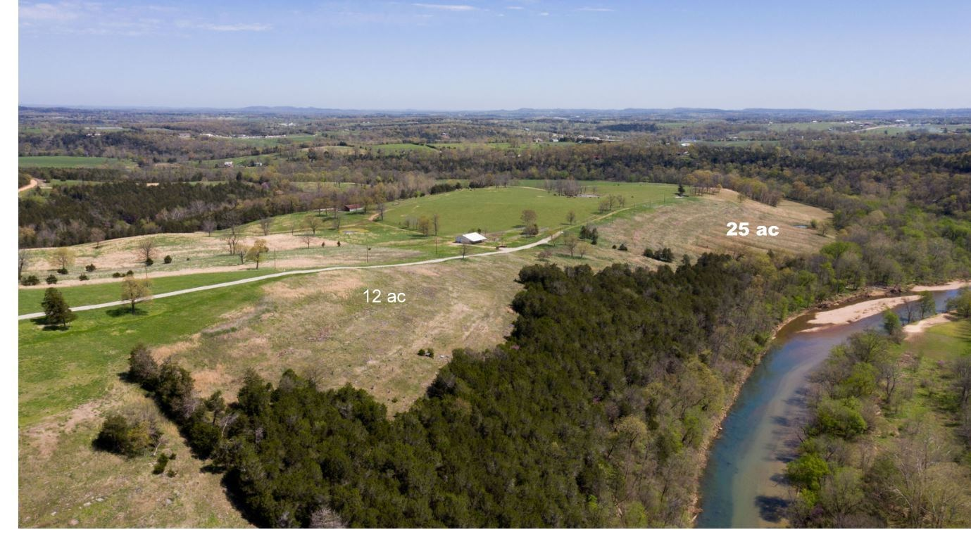 RIVERFRONT LAND IN EUREKA SPRINGS AR 4.53 ACRE FARM
