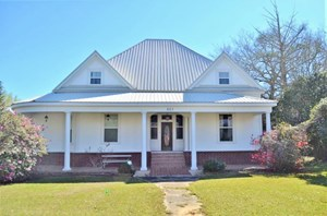 HISTORIC VICTORIAN HOME FOR SALE, 4.65 ACRES, POND SW MS