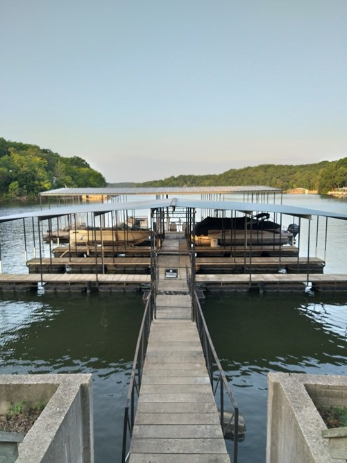 13.5 acres m/l of land and boat slip at Lake of the Ozarks