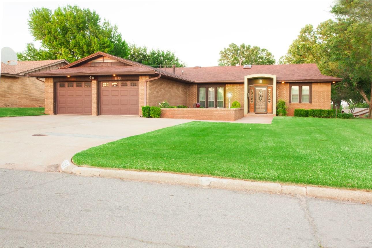 Home for Sale, Clinton, OK, Custer County, Western Oklahoma