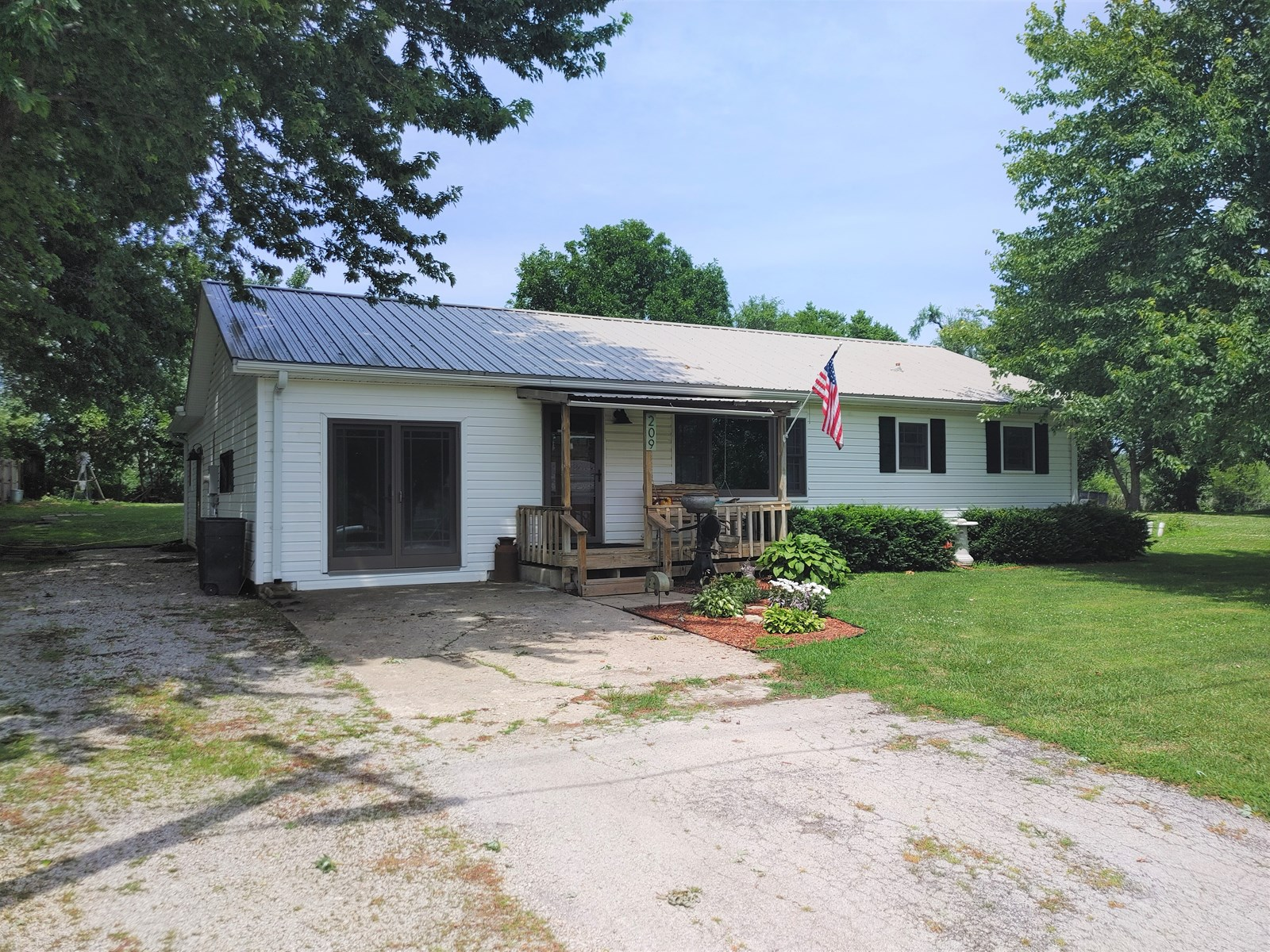 A Great Home In Hamilton For Starting Out Or Finishing Up!