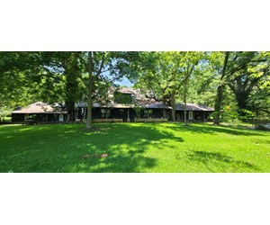 LOG HOME IN MER ROUGE LA FOR SALE