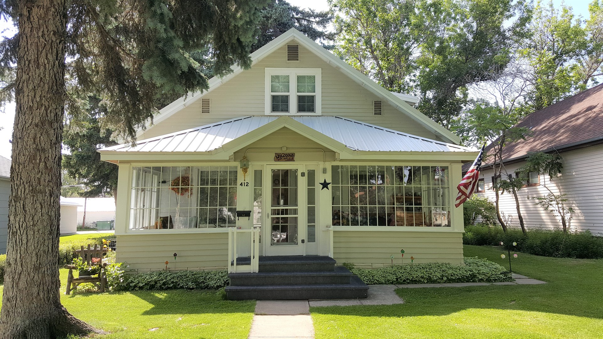 Craftsman Home 4 bed 2 bath Conrad MT $200,000