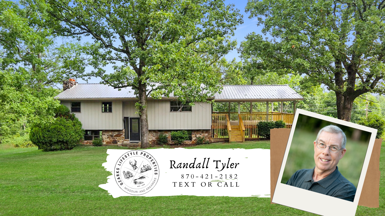 In Town Country Style Home for sale in Salem, AR
