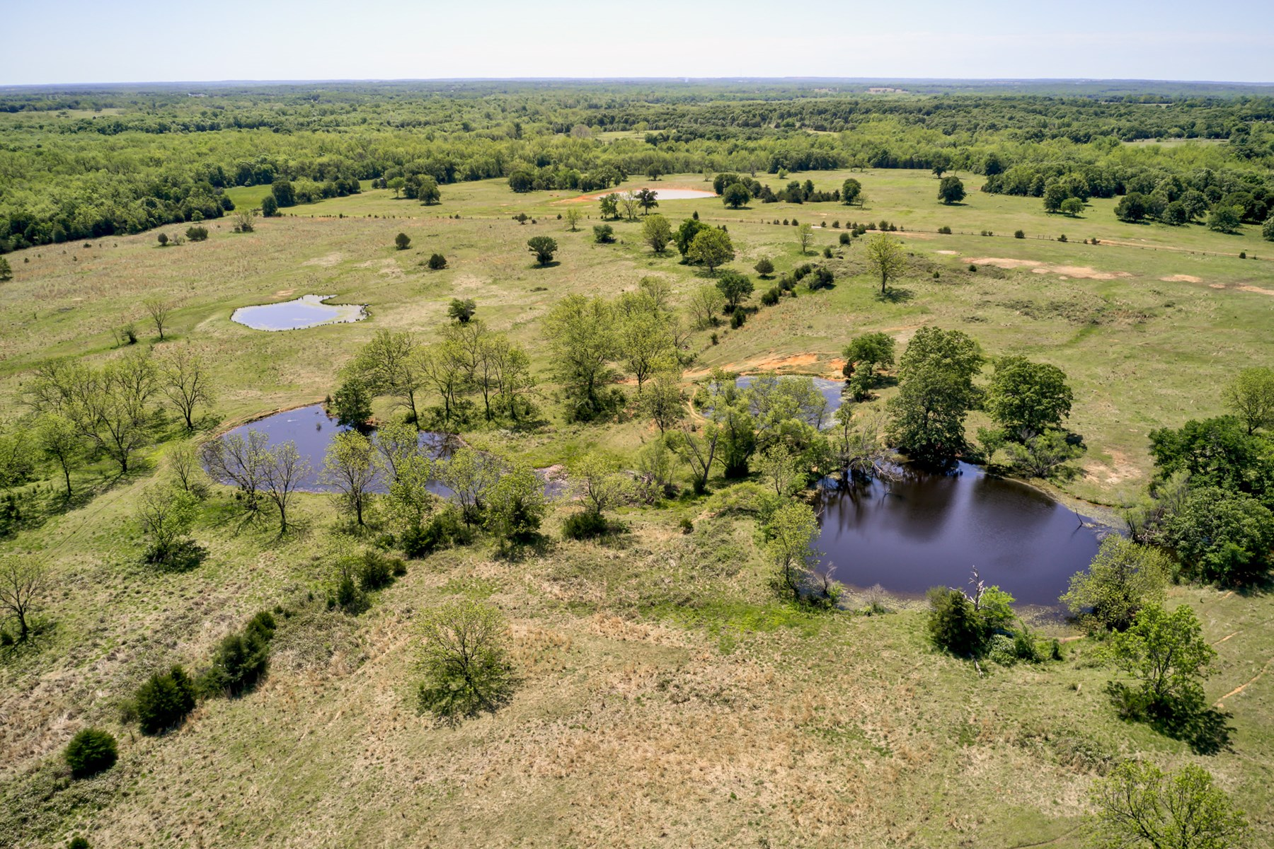 Land for Sale with Fishing Ponds Lincoln County Oklahoma