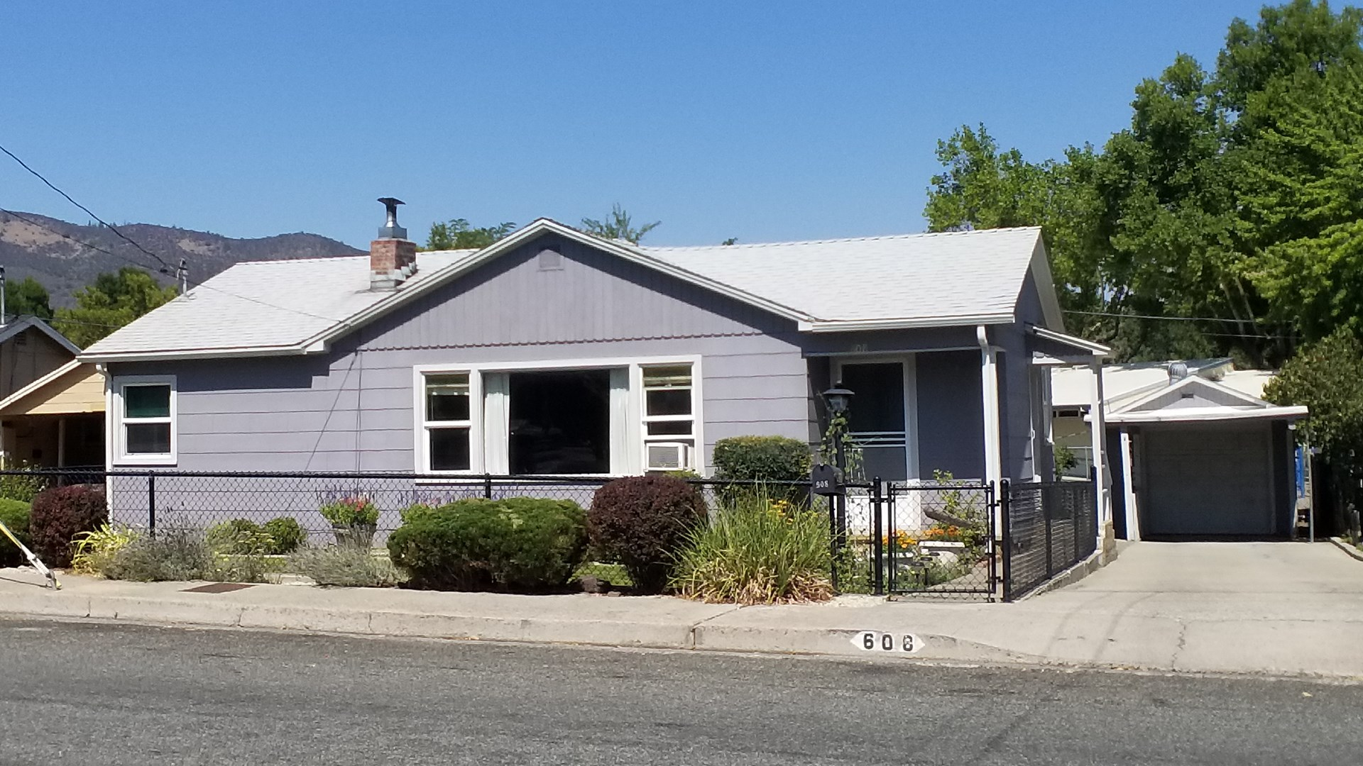 Yreka Ca Home for Sale