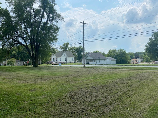 BUILDING LOT FOR SALE IN CAMERON MO